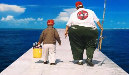 coca-cola-assume-que-engorda-e-lanca-campanha-contra-obesidade_by_GazaPublicidadeBLOG_2013-496x292